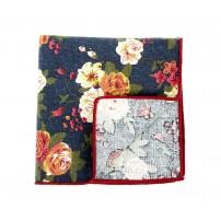 Blå näsduk med målade blommor