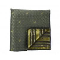 Prickig grön näsduk med dödskallar