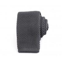 Smal grå stickad slips